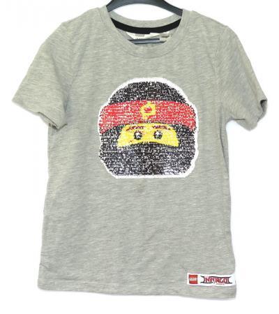771f9eec36b Ninjago t-shirt med vändbara paljetter - Åsumtorps Secondhand