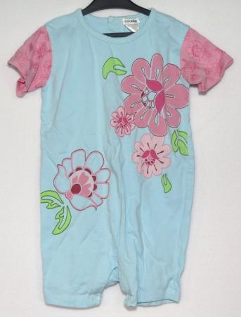 Blommig playsuit - Åsumtorps Secondhand dc0851675418c